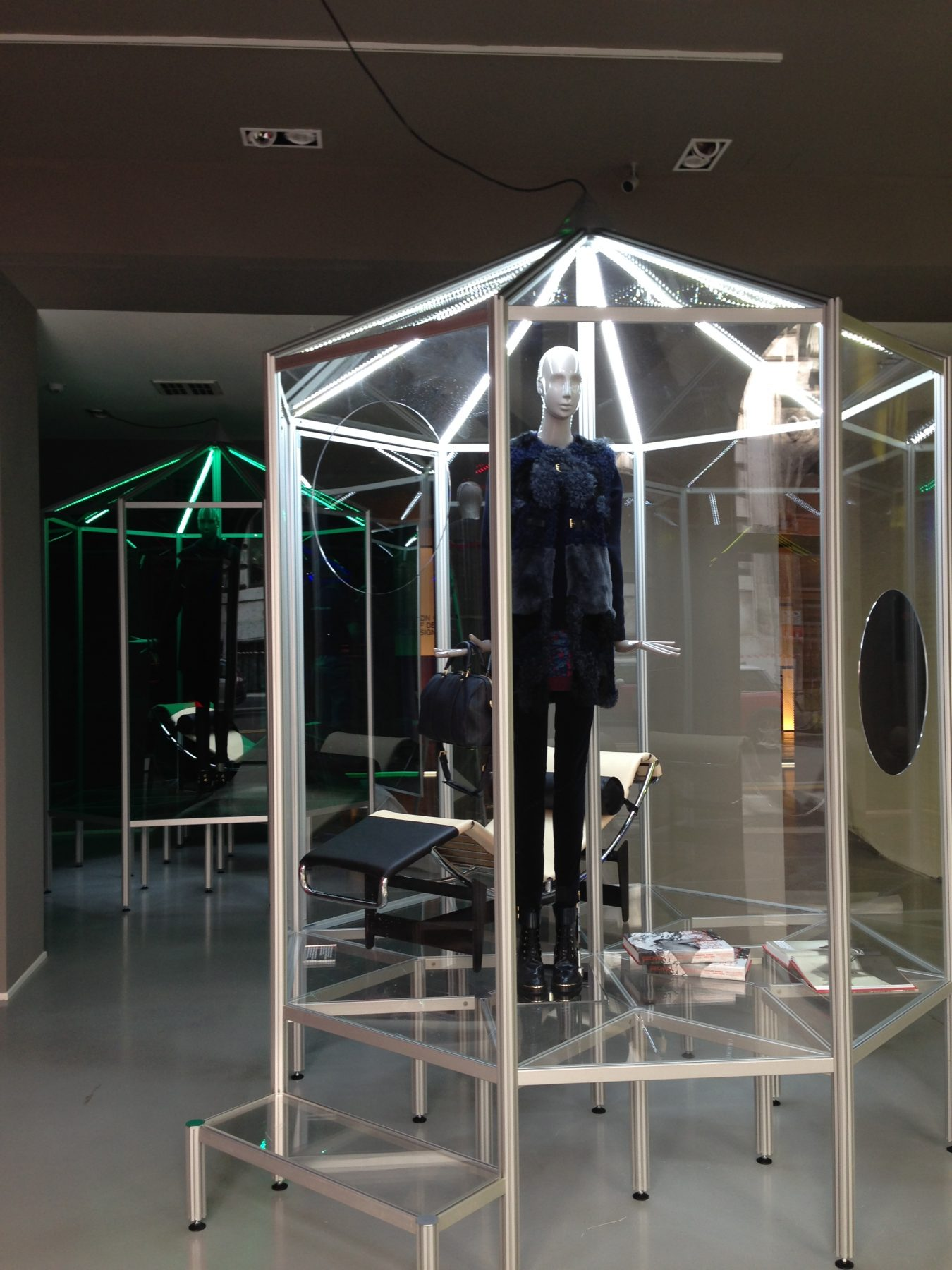 Stand&Co Cassina Showroom Milano 2014