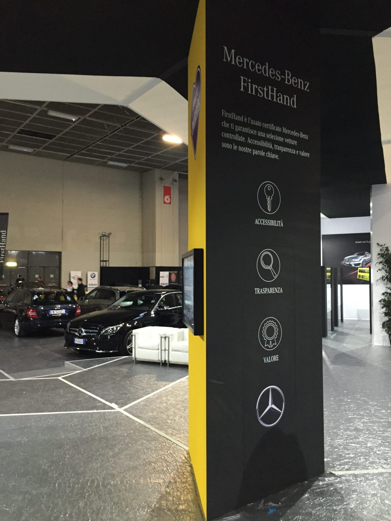 Stand&Co Mercedes Benz